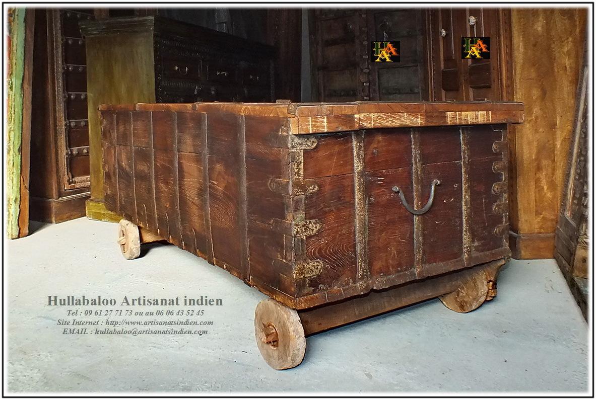 Coffre indien sur roues jn8 la022 meubles indiens d coration for Meubles indiens anciens