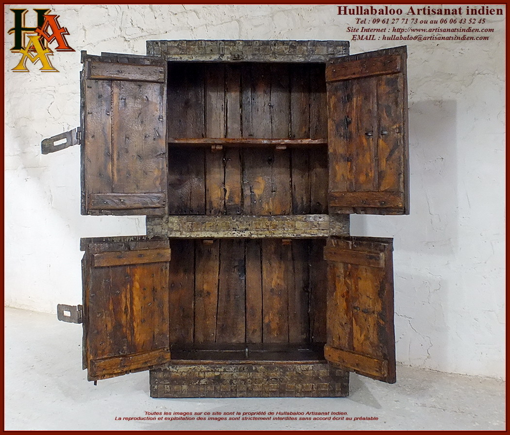 placard coffre fort indien ancien jn10 sgh59 meubles indiens. Black Bedroom Furniture Sets. Home Design Ideas